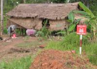 Landmines near a house - North Cambodge - EC